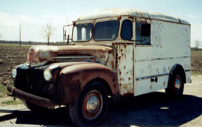 I Need Help Identefing This 1960 FORD BREAD TRUCK